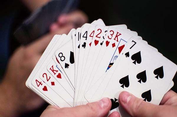 Bỏ túi cách chơi bài tiến lên đơn giản giúp bạn giành chiến thắng